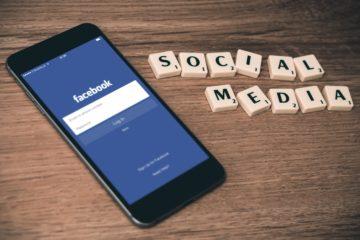 Deciding Between a Facebook Group or Facebook Page